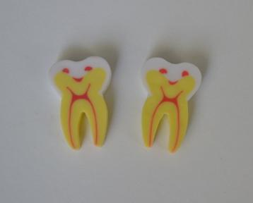 Ластик 4025 у формі зуба